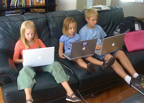 kids-excess-screen-use