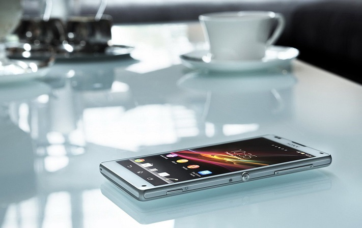 Smartphone-On-Table